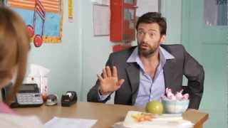 Hugh Jackman ist LEHRER - Teacher Interview (German / Deutsch)
