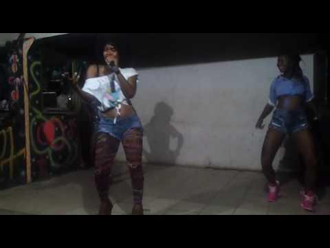 Download Minayo Performing  Kateebe  In Luweero