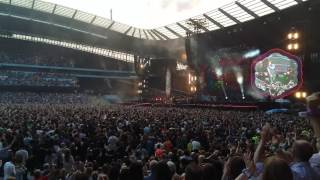 Coldplay Live (Manchester 4th June 2016) - Intro and A Head Full of Dreams