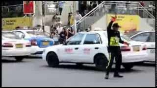 爆笑時代 | 你沒看錯!各國最強交通警察 原來還可以這樣指揮