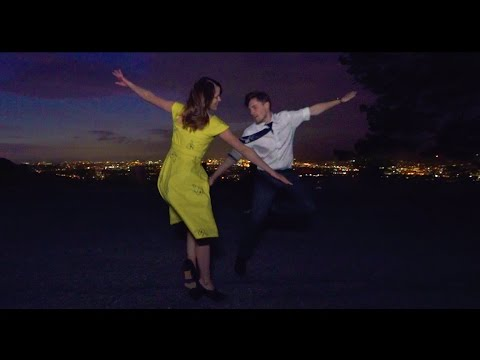 Husband + Wife Recreate LA LA LAND Scene - A Lovely Night