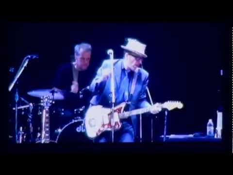 Elvis Costello & The Imposters - Lipstick Vogue