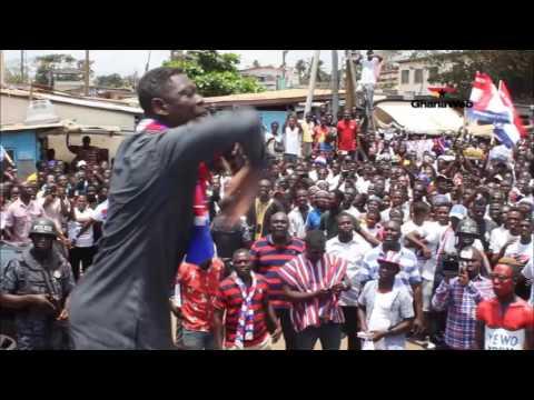 Agya Koo campaigns for Akufo-Addo at Tema West