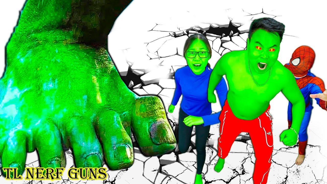 Superhero Nerf War: Spiderman X Warriors Nerf Guns Fight Criminal Group Destroy Giant Monster