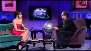Juliette Lewis w Alan Carr  Chatty Man Interview 2/7/11