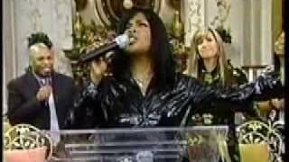 Cece Winans Worship Melody Holiness Becometh Thine House