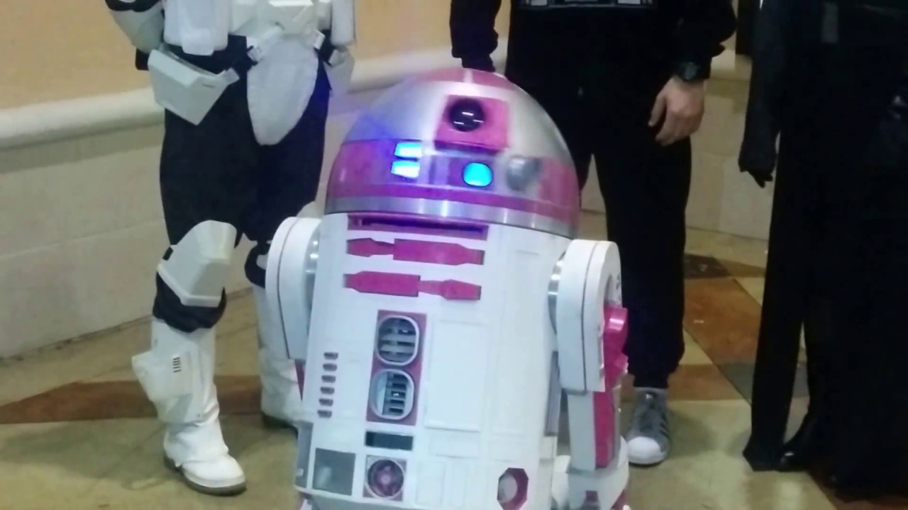 Pink R2 Unit At Force Awakens Showing Tonight Youtube