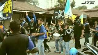 Repeat youtube video Ultras Corteo - Penang FA