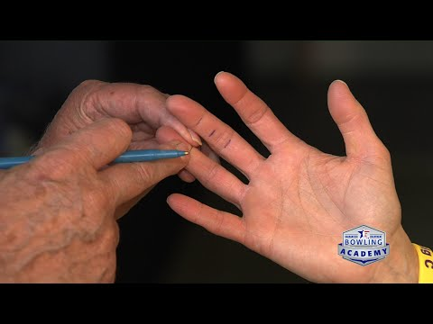 Bowling Tips: Relaxed Bowling Grip Pressure  |  USBC Bowling Academy