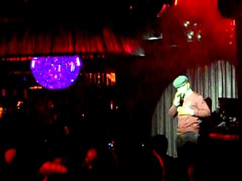 Ne-Yo Performs at Moet & Chandon's VIP event at LAVO