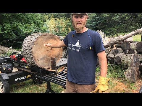 Massive log split on a Ruggedmade 37 ton wood splitter!