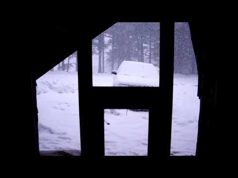 dağ evinde kar yagisi.MP4