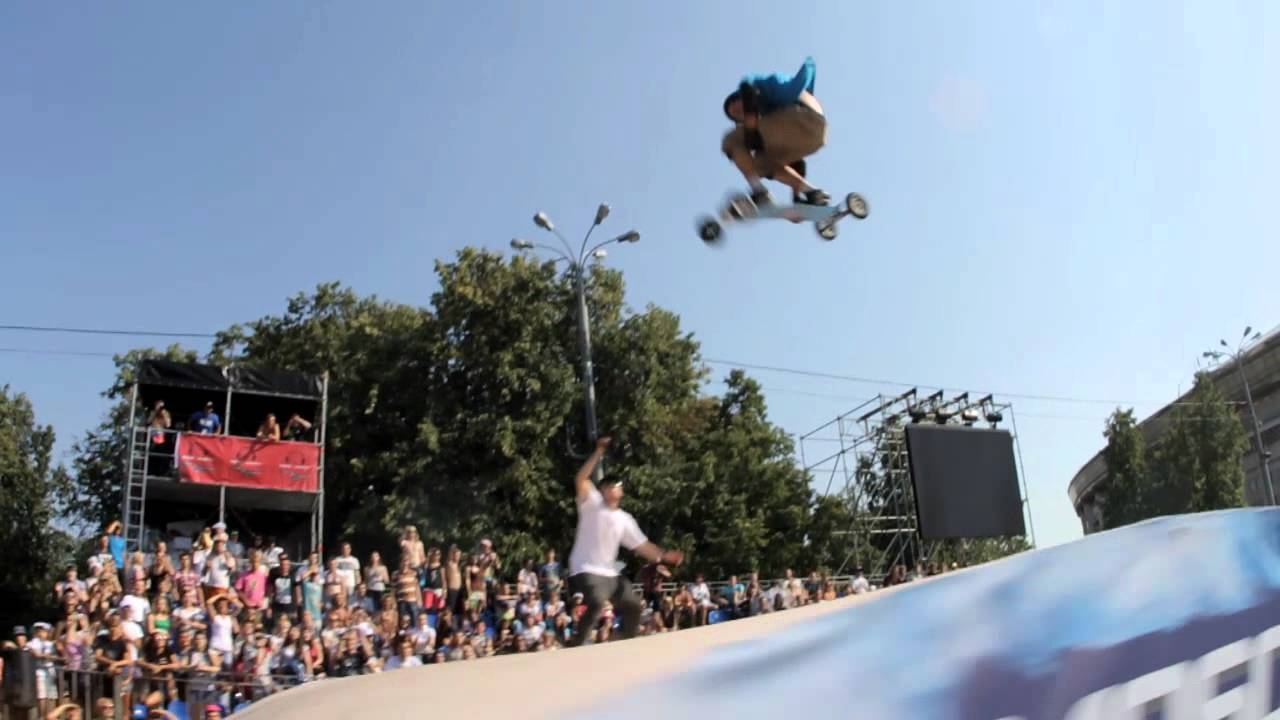 Matt Brind - Double backflip - Mountainboard World Freestyle Championship 2012 - Moscow