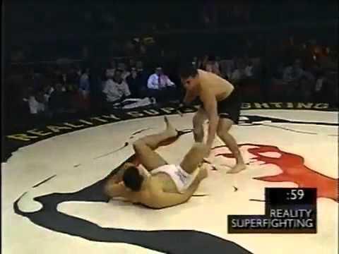 Renzo Gracie vs Oleg Taktarov (1996)