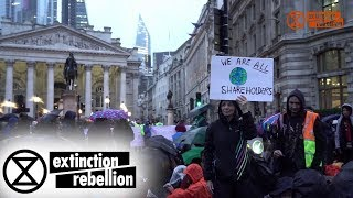 Rain Doesn't Stop XR Rebels From City of London 'Focus on Finance' Action | Extinction Rebellion