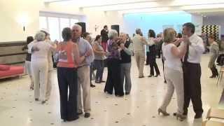No Centro Cultural Olga Cadaval para todos aqueles que gostam de dançar, conviver e partilhar bons momentos. A tradição do baile de domingo à tarde  originando...