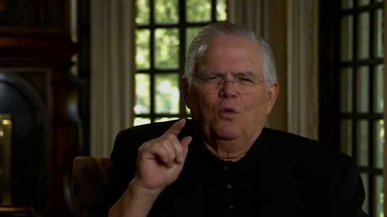 Four Blood Moons Movie - John Hagee - YouTube
