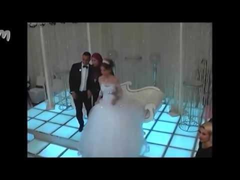 3212ab902 أجمل فرح واحلي عروسه ترقص علي مهرجان يا بنات حلوين حلوين - YouTube