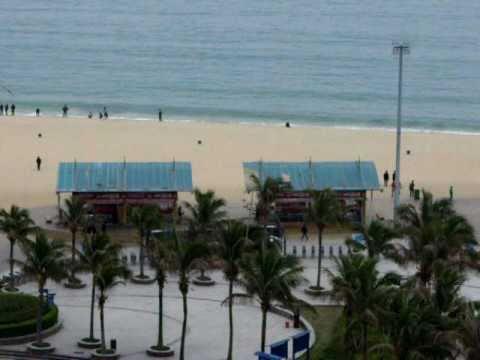 Dameisha Beach, South China Sea 005.AVI