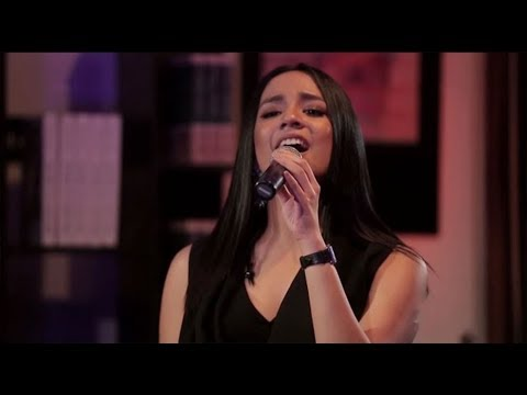 Angel Pieters - Bukan Rahasia (Dewa 19 Cover) (Live at Music Everywhere) **