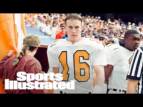Manning, Spurrier Highlight College Football Hall Of Fame Inductees | SI Wire | Sports Illustrated