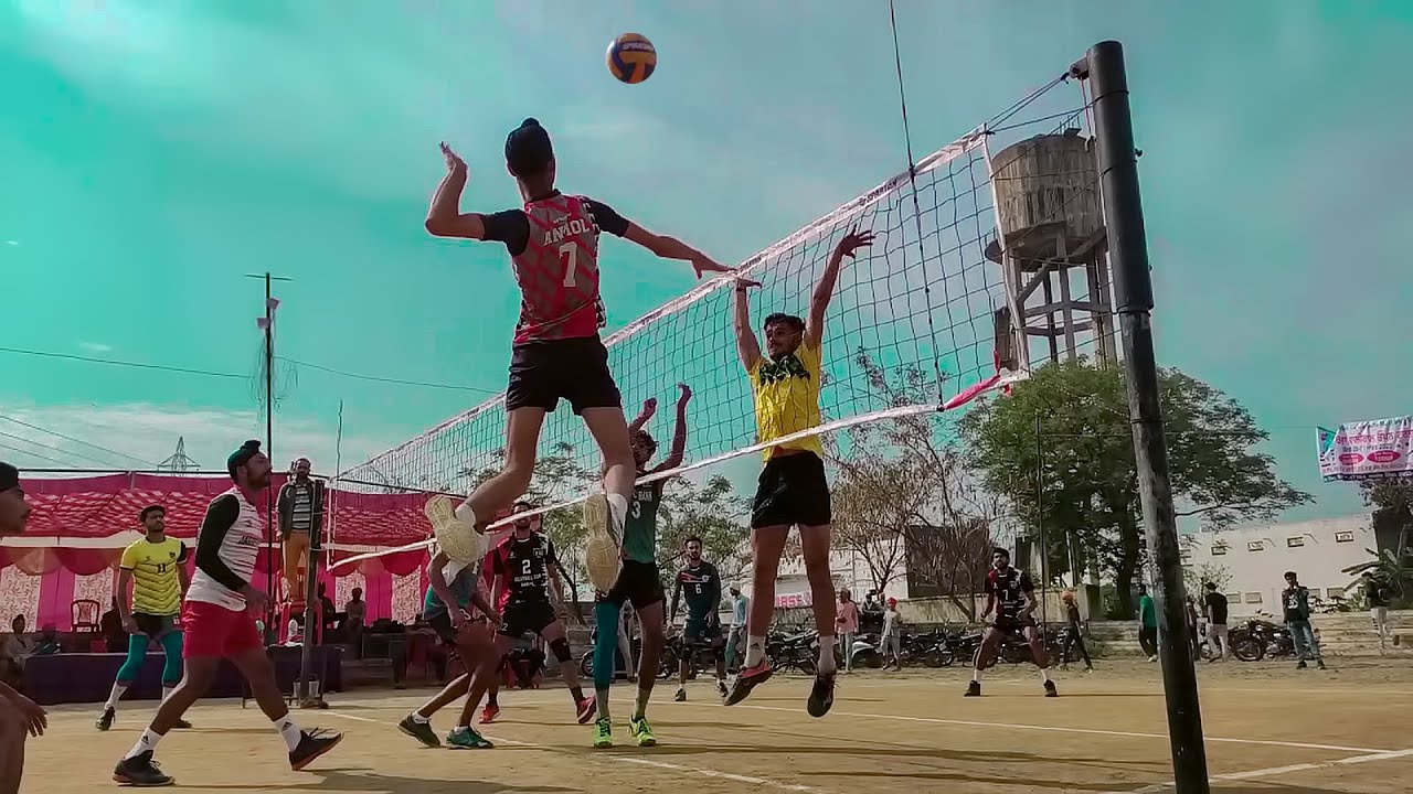 VOLLEYBALL PLAYERS IN SLOW MOTION || FINE SPORTS