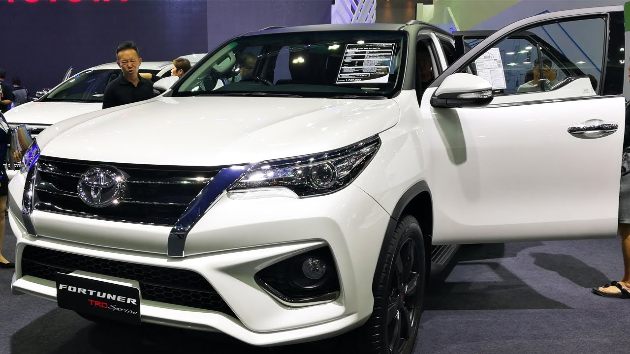 Toyota Fortuner 2.8 TRD Sportivo 4WD AT Black Top - YouTube