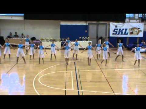 Star Frkljice otroška SHOW POM DANCE skupina