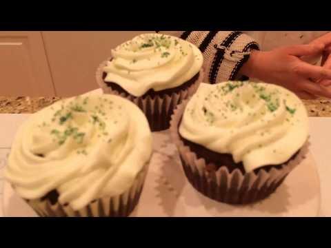 Peppermint Dark Chocolate Cupcakes