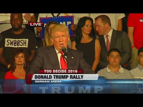 "Donald Trump reads ""The Snake"" at Fort Myers rally"