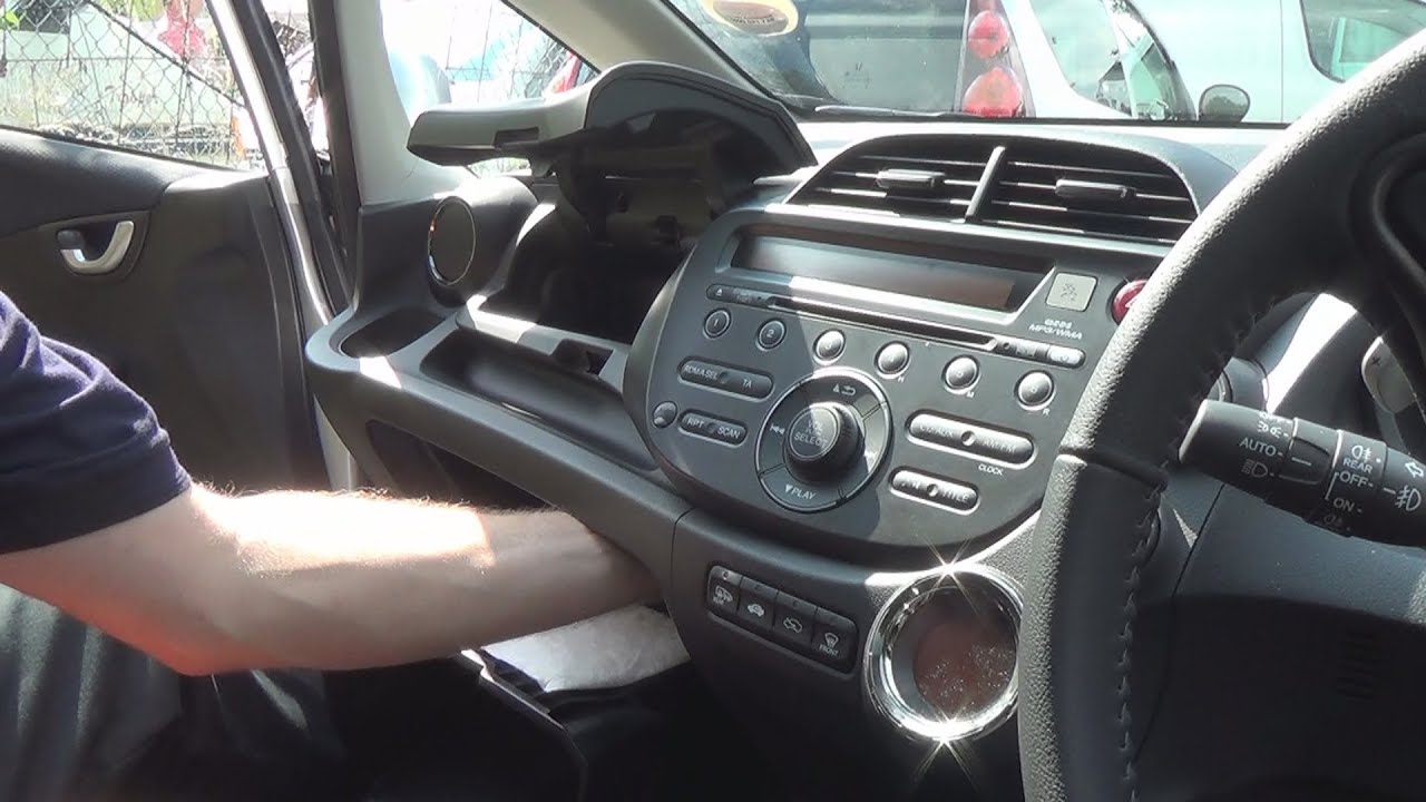 radio removal honda jazz (fit) (2008-2013) | justaudiotips - youtube