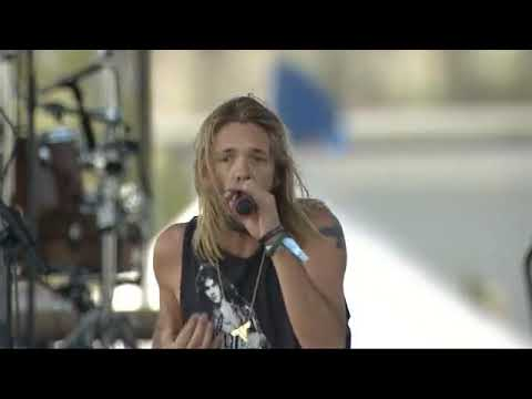 Randy Baumann & the DVE Morning Show - Foo Fighters' Taylor Hawkins Covers Van Halen