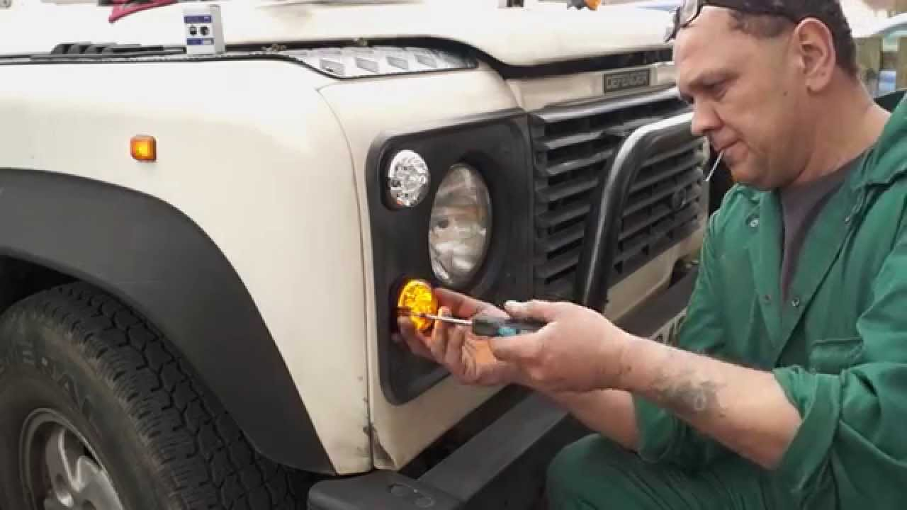 hight resolution of fitting led lamps to a land rover defender the fine art of land rover maintenance youtube