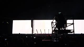 2018-11-06 Roger Waters Estadio Unico La Plata P1260825 one of these days