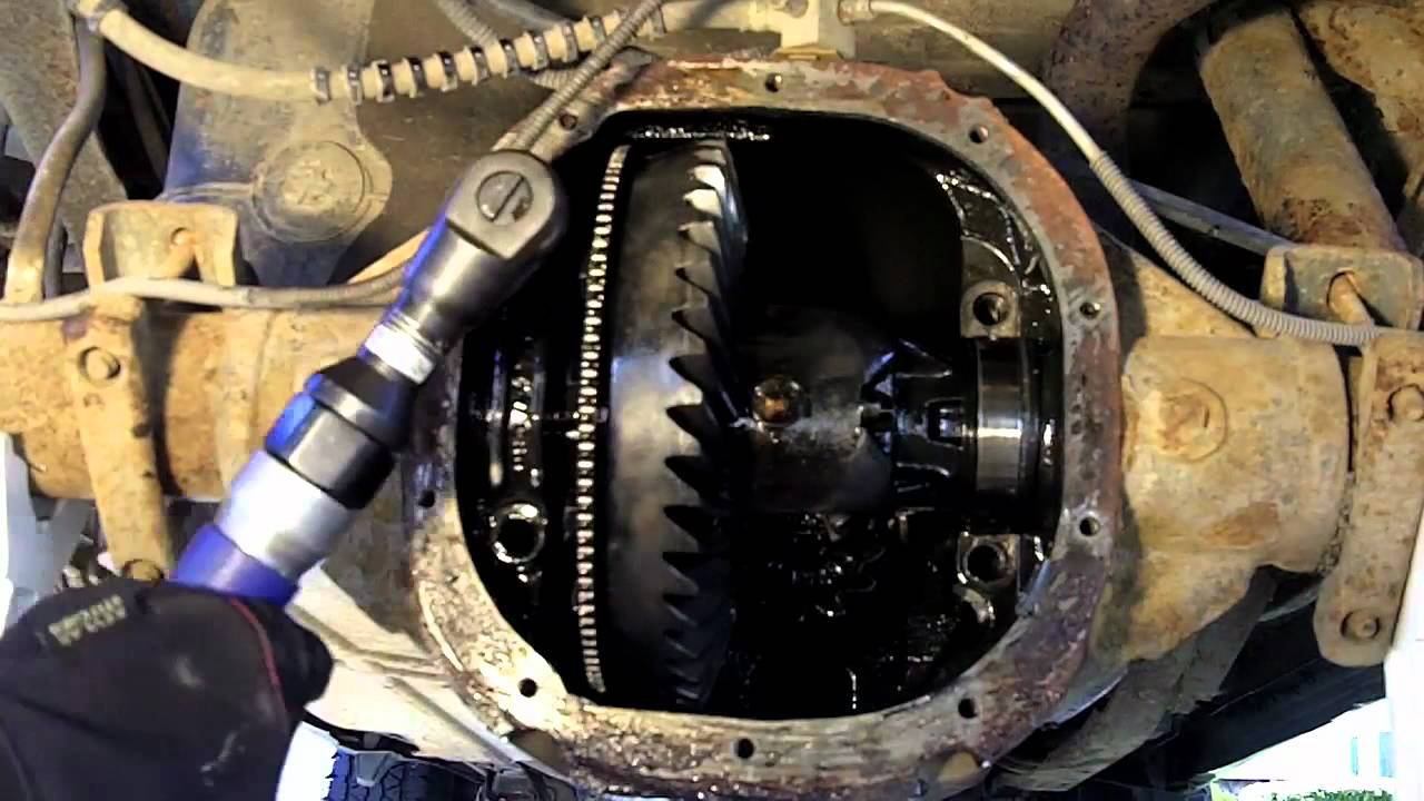 1998 Ford Ranger Rear Differential Disassembly - YouTube
