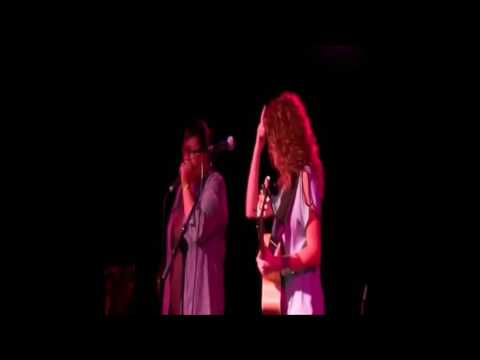 Tori Kelly Reaction to JoJo being at her show