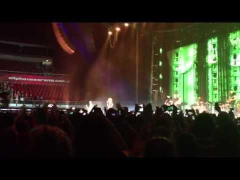 Paramore 2014 Live Paramore - Grow...