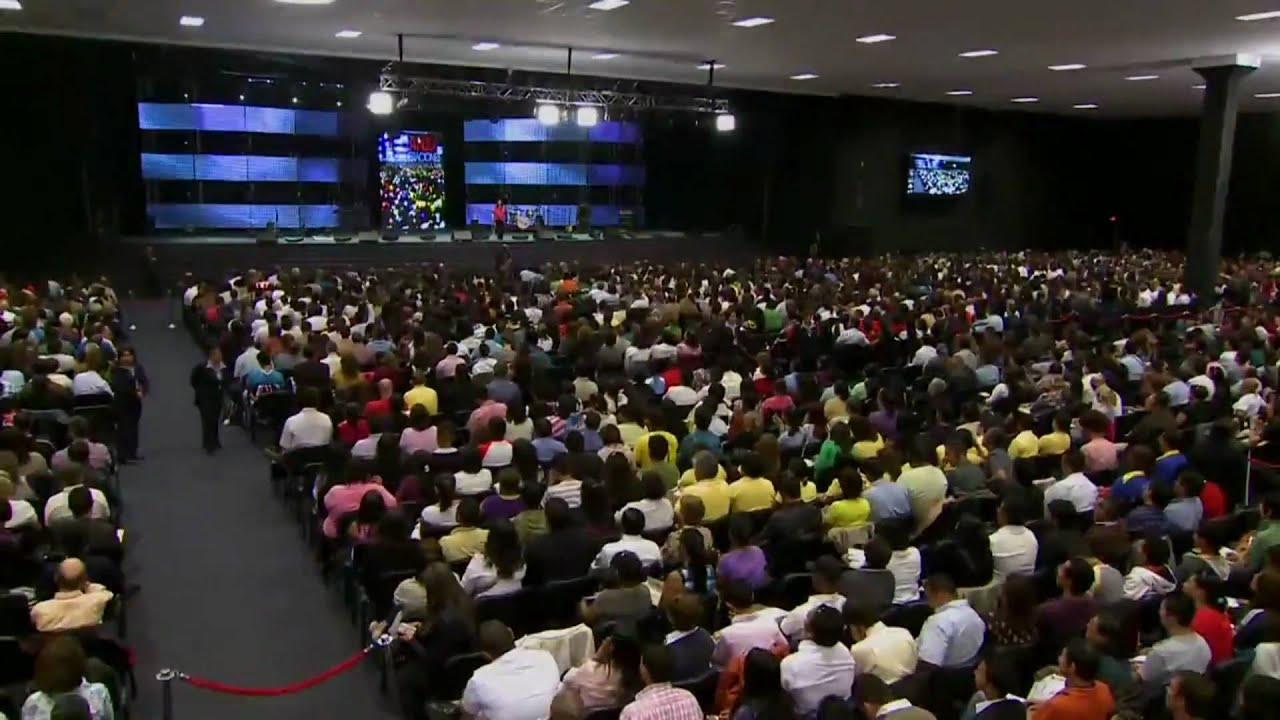 Pastora de la iglesia cogiendo part2 - 2 8