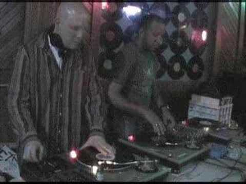 DjNePtOoN & DjLove at ESCAPE