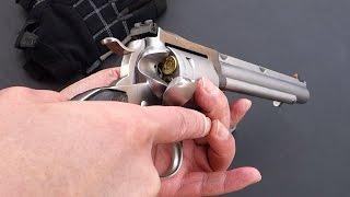 実銃「ルガースーパーブラックホーク」.44マグナム弾薬のシングルアクシ...
