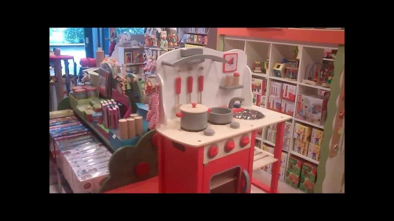 Cucina giocattolo in legno youtube for Cucina giocattolo