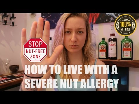 How To Live With A SEVERE Nut Allergy (Epi-Pen Demonstration INCLUDED)