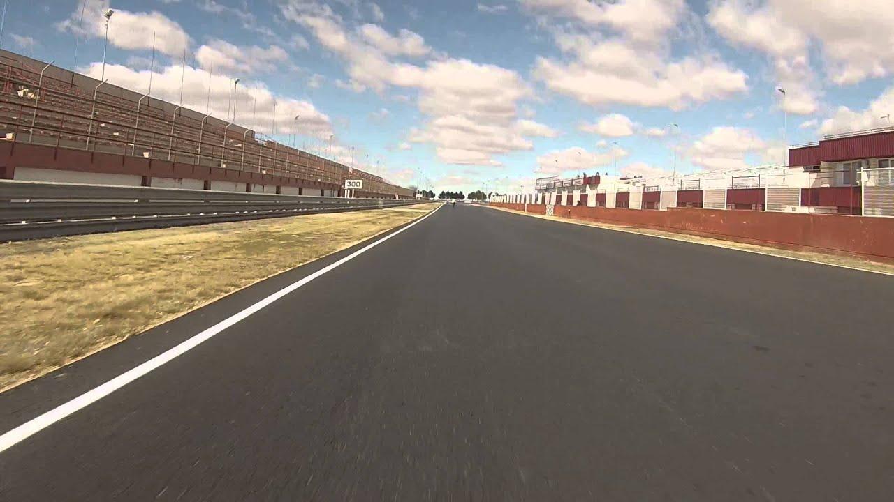 Circuito Albacete : Circuito de albacete los moskinos con racing