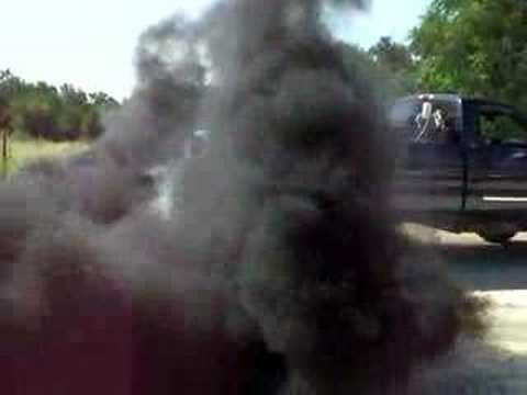 Diesel Engine Working >> 04 LLY Duramax diesel black smoke! - YouTube
