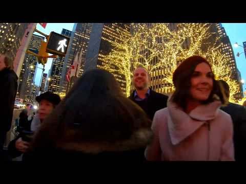 ⁴ᴷ⁶⁰ Walking NYC : Sixth Avenue, Times Square, Broadway Theaters during the Holidays 2018