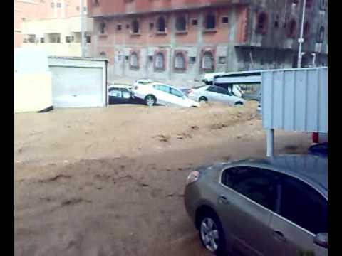 Jeddah flash flood - live.mp4
