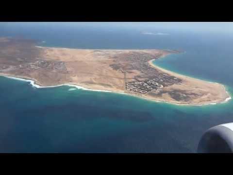 Transavia Landing Sal - Cabo Verde / Kaapverdië (full island view)