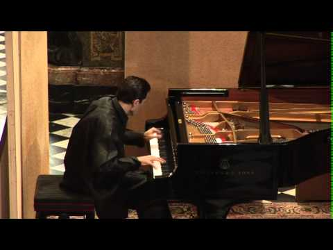 Mauricio Vallina plays Liszt Vals Oubliée and Mephisto Waltz