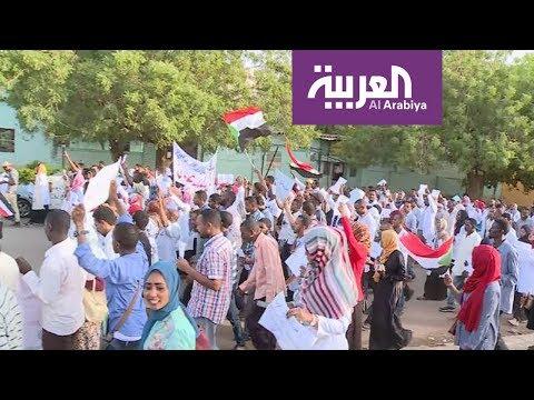 قوى الحرية والتغيير تدعو لتظاهرات في عدة ولايات سودانية  - نشر قبل 53 دقيقة