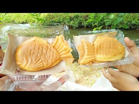 Enak Bangeet...!!! Nyobain Makanan Unik Khas Jepang Taiyaki Bentuk Ikan...